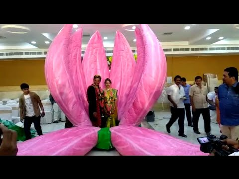 Modern marriage function new trending style  reception decoration with air balloons