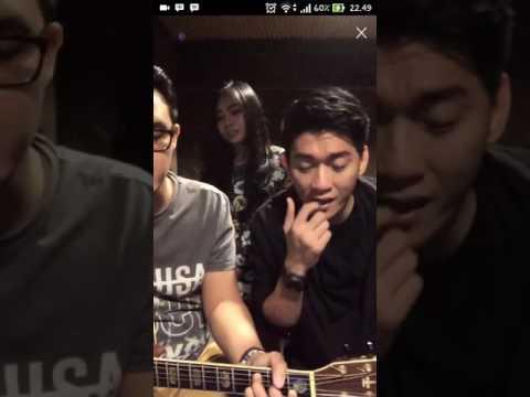 LIVE Seventeen nyanyi lagu Ungu - Tanpa Hadirmu di Bigo Live KEREN