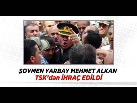 Şovmen Yarbay TSK'dan Atıldı