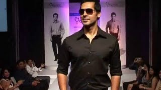 Dino Morea, Dressed in Black Thumbnail