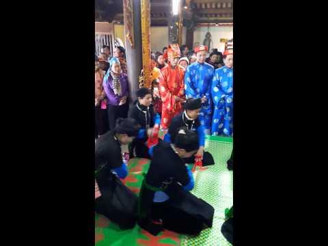 Lễ hội ngày đầu năm tại Đền Nhược Sơn,huyện Văn yên,tỉnh Yên Bái [Nhamatphohanoi.com.vn]