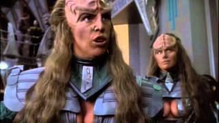 Klingon females do not surrender their (natural given) weapons