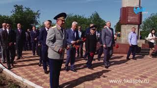 День пограничника! Врио Главы Дагестана Владимир Васильев принял участие в памятной церемонии возлож