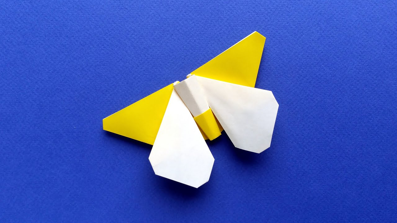 How To Make an Easy Origami Butterfly (in 3 MINUTES!) - YouTube | 720x1280