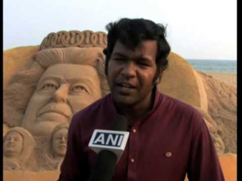 Indian Artist Makes Sand Sculpture Of Queen Elizabeth II To Mark International Women's Day