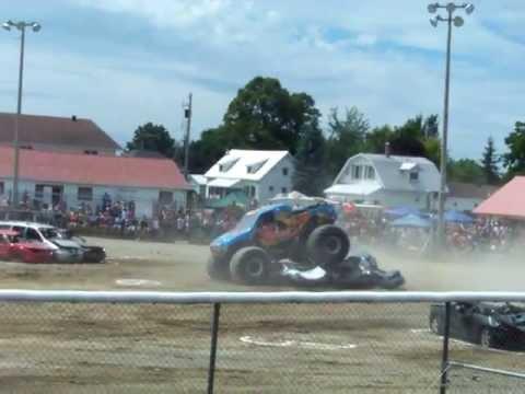 monster truck ,,,beachburg fair 2013