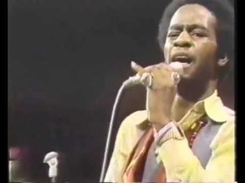 Al Green - Here I Am Come & Take Me {Live @ Soul Train 1974}
