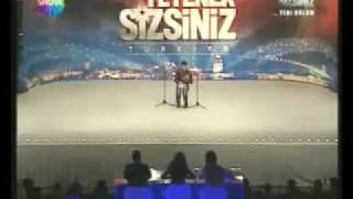 Yetenek Sizsiniz Türkiye 2 Yarismasi Bilal Goregen 21-11-2009.mp4