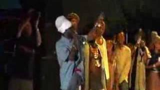Sizzla - Get to the point  live