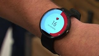 Moto 360 in our hands, at last