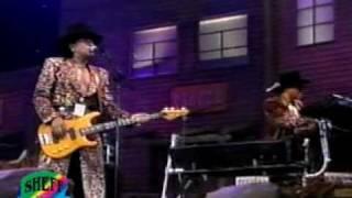 Bronco-Dos mujeres un camino