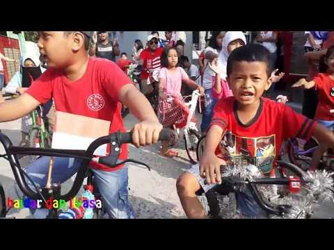 lagu-17agustus-untuk-anak-anak,-bersama-haidar-dan-ilyasa-sepeda-hias