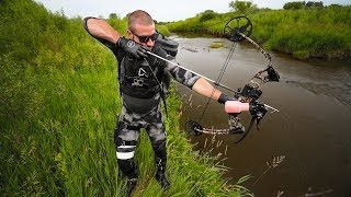 BowFishing A Creek HIDDEN In The City!!! (Lucky Shot)