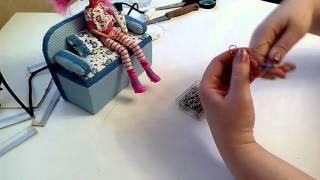 Как сделать вешалки для кукол. How to make a hanger for dolls