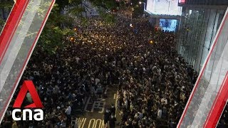Fresh protests as Hong Kong ignores deadline to scrap extradition bill