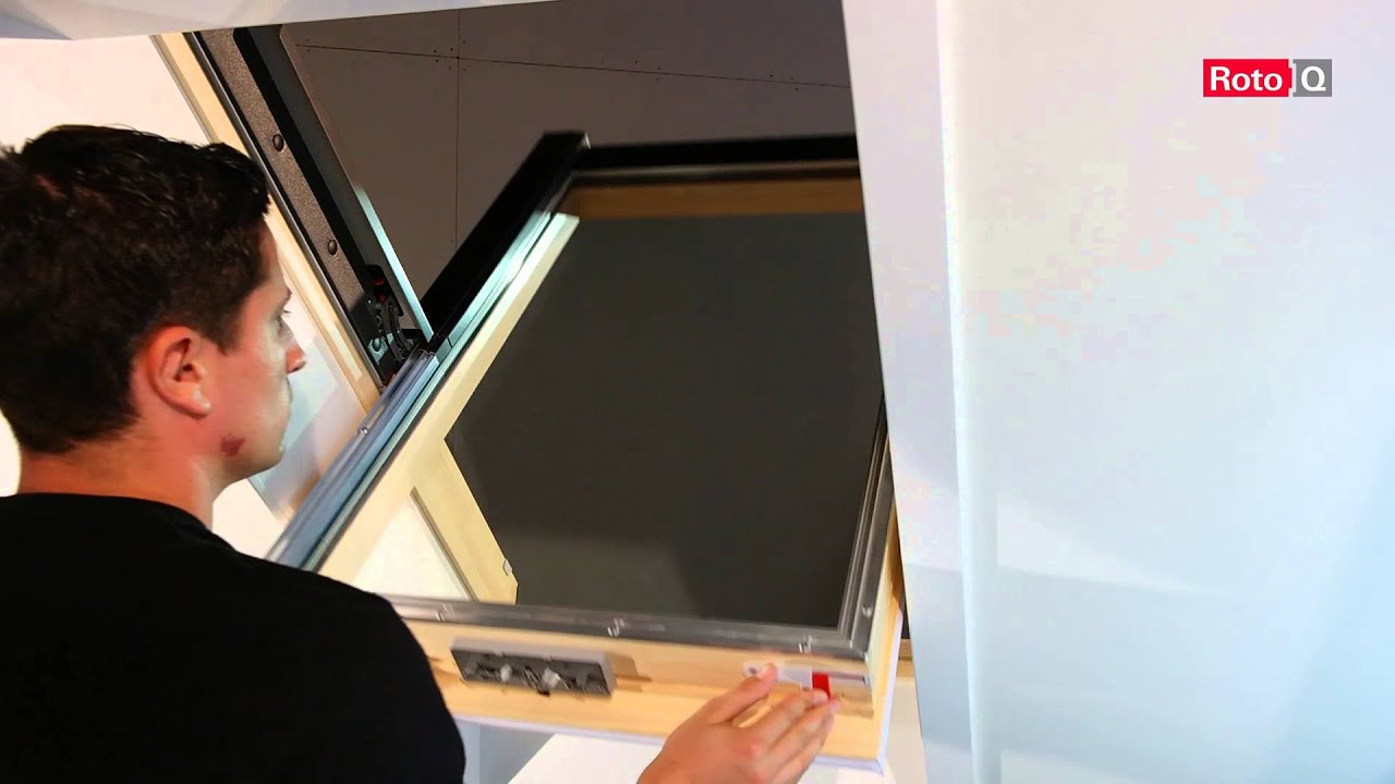 roto schwingfenster rotoq4 anleitung putzen youtube. Black Bedroom Furniture Sets. Home Design Ideas