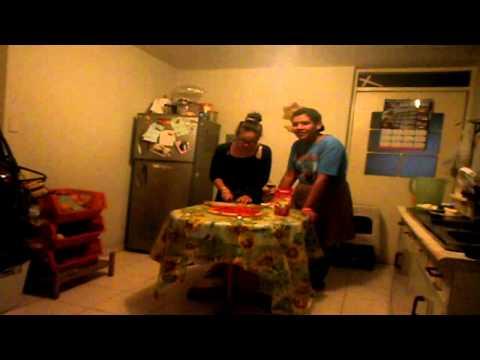 Como hacer una pizza cocina con erk youtube for Como hacer una cocina