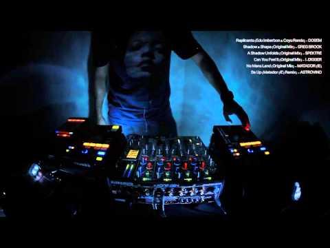 Dark Techno Tech House Mix - Xone DB4 & Denon SC2000