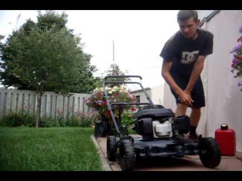 Firing Up the 2006 Honda Powered MTD Lawnmower