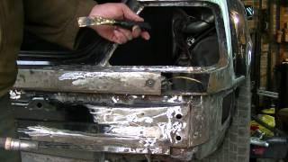 Как заварить сквозное отверстие на авто и не только. Кузовной ремонт. BODY REPAIR(Завариваем сквозные отверстия в местах высверленных точек контактной сварки на авто с помощью медных и..., 2014-07-02T21:40:03.000Z)