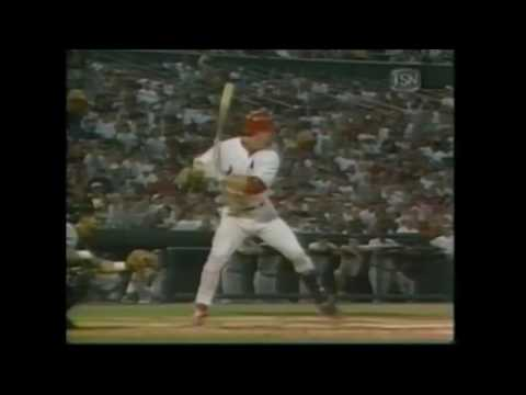 Furthest Ball Ever Hit? Mark McGwire DEMOLISHES 545 ft Home Run