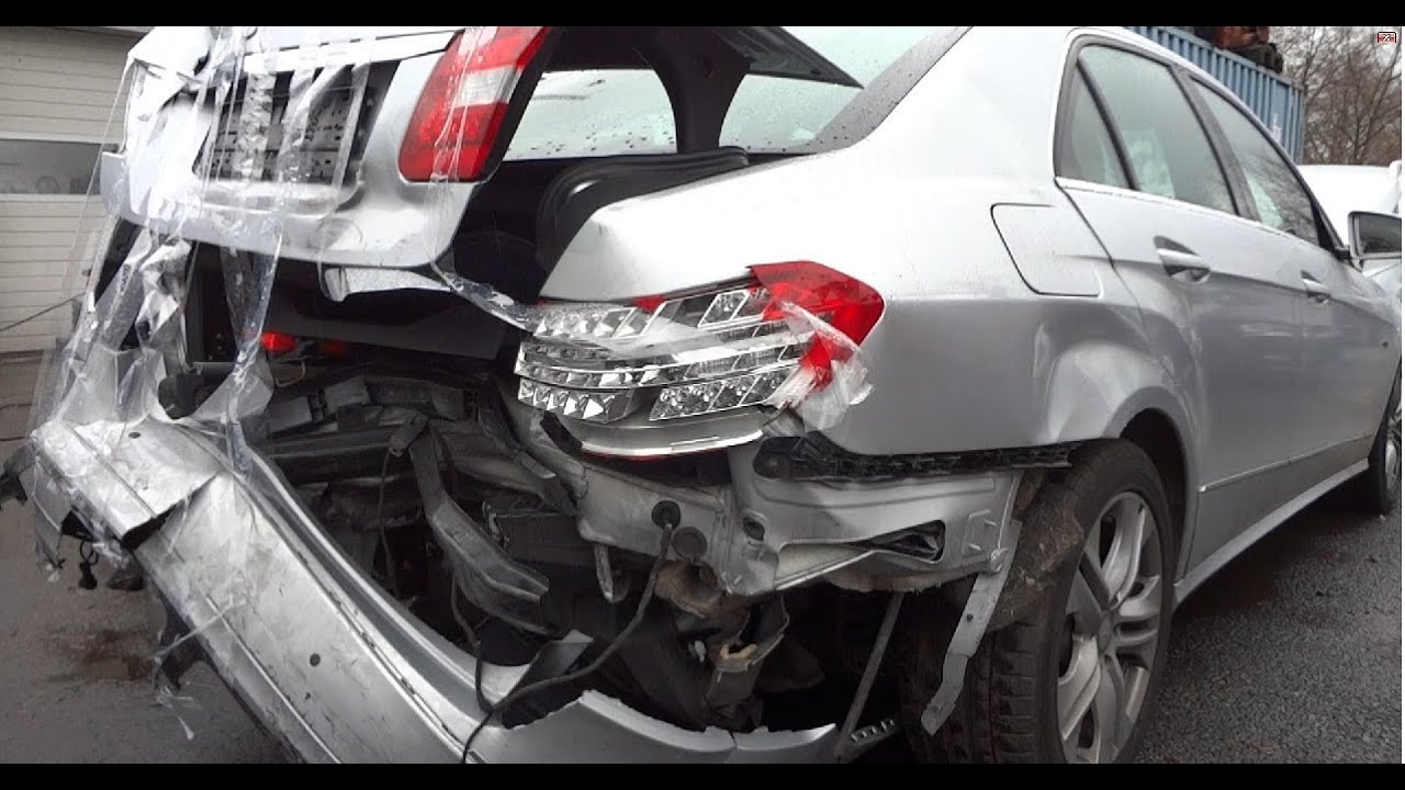 New Mercedes E 500 Crash Accident Unfall W 212 Class Klasse 2012 Modell Amg 63 2011 Youtube