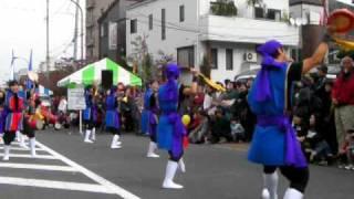 「第34回狛江市民まつり」で出演した琉球鼓舞道場の演舞.