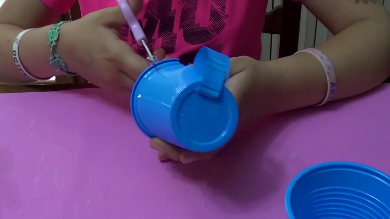 Lavoretto sotto bicchiere fatto con bicchiere di plastica for Sfere con bicchieri di plastica