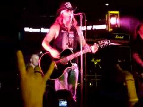 Bret Michaels - Poison - Knockin On Heavens Door - Miami