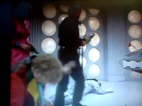 Doctor Who Attack of the Cybermen Cliffhanger 1