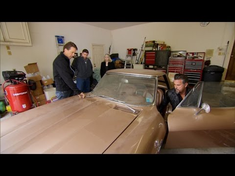 Gas Monkey Discovers an Old School Stingray