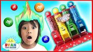 Learn Colors with M&M Candy and Ryan ToysReview