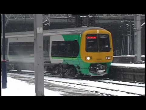 Trains At Birmingham New Street | HEAVY SNOW | 22/12/10
