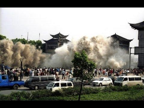tsunami vs hurricane essay
