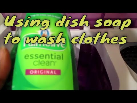 Using dish soap to wash clothes//Palmolive essential clean dish soap
