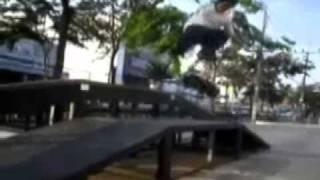 BONE FAGS SK8 VID #1 - Tyler Bledsoe, Richie Jackson, Kelvin Maina, Greg Myers
