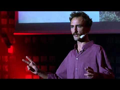 L'habitat, c'est plus que le logement: Guillaume de Salvert at TEDxLaRochelle