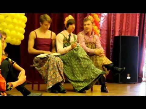 Три девицы под окном сосали поздно вечерком порно ролик