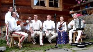 Kapela Ciupaga w Karcmie u Polowacy. Sierpień 2015 Szczawnica