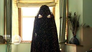 Halala: The Men Who Sell Divorce - BBC News