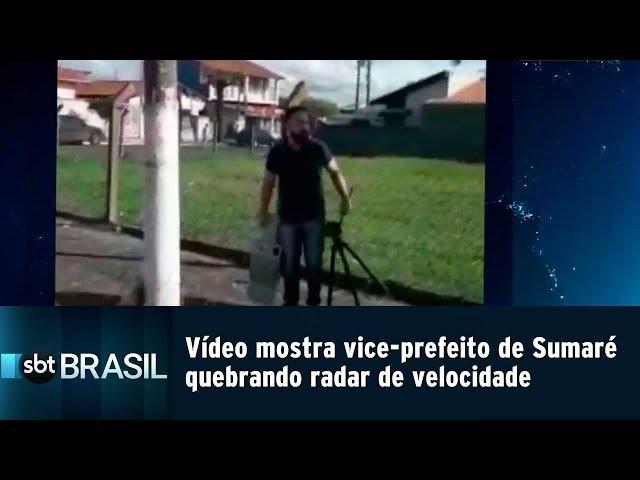 Vídeo mostra vice-prefeito de Sumaré quebrando radar de velocidade   SBT Brasil (22/02/19)