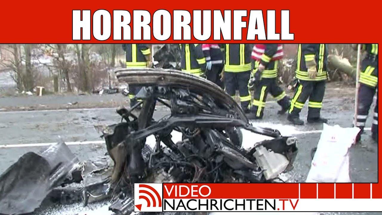 Nachrichten: Horror Unfall - BMW mäht zwei massive Eichen um und ...