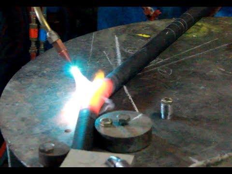 Fabrication d'un cadre tubulaire de moto
