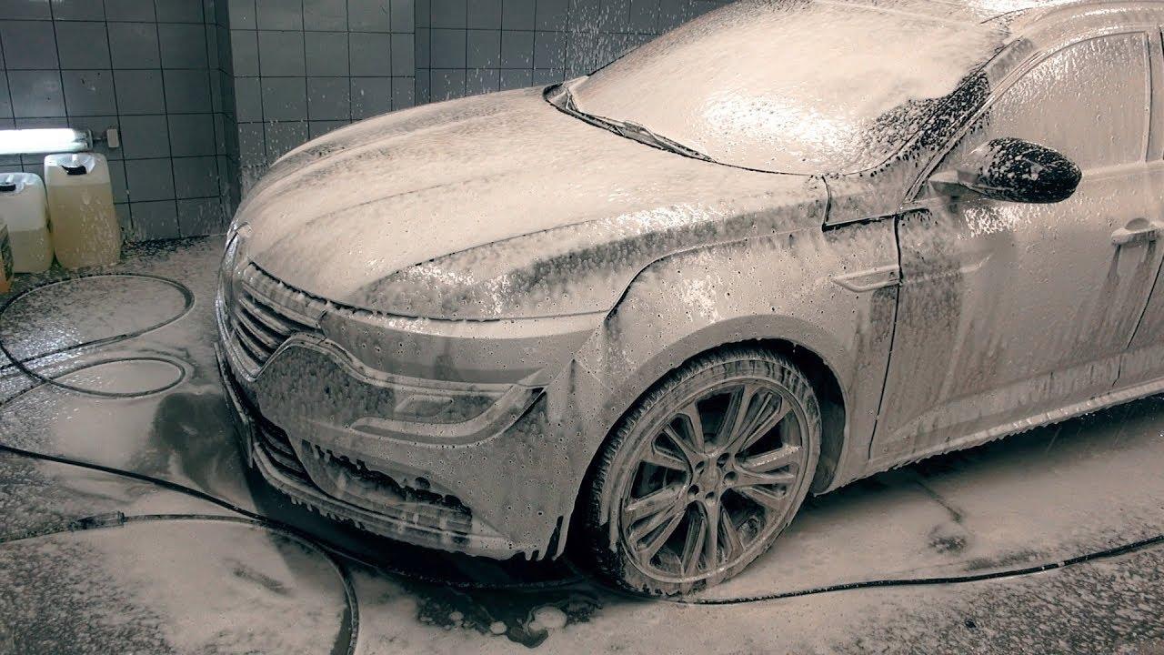 Odgruzowywanie Renault Talisman w Pure Auto. Zobacz efekt kilku godzin pracy
