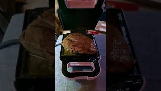 와플메이커(토스트메이커) 토시살 굽기(6분이면 ok)