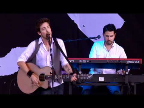 Frank Turner performs 'Photosynthesis' at Reading Festival 2011 - BBC