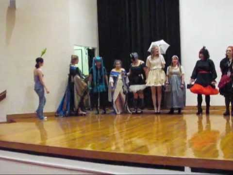 South Carolina D20 Girls Harajuku Fashion Show Features
