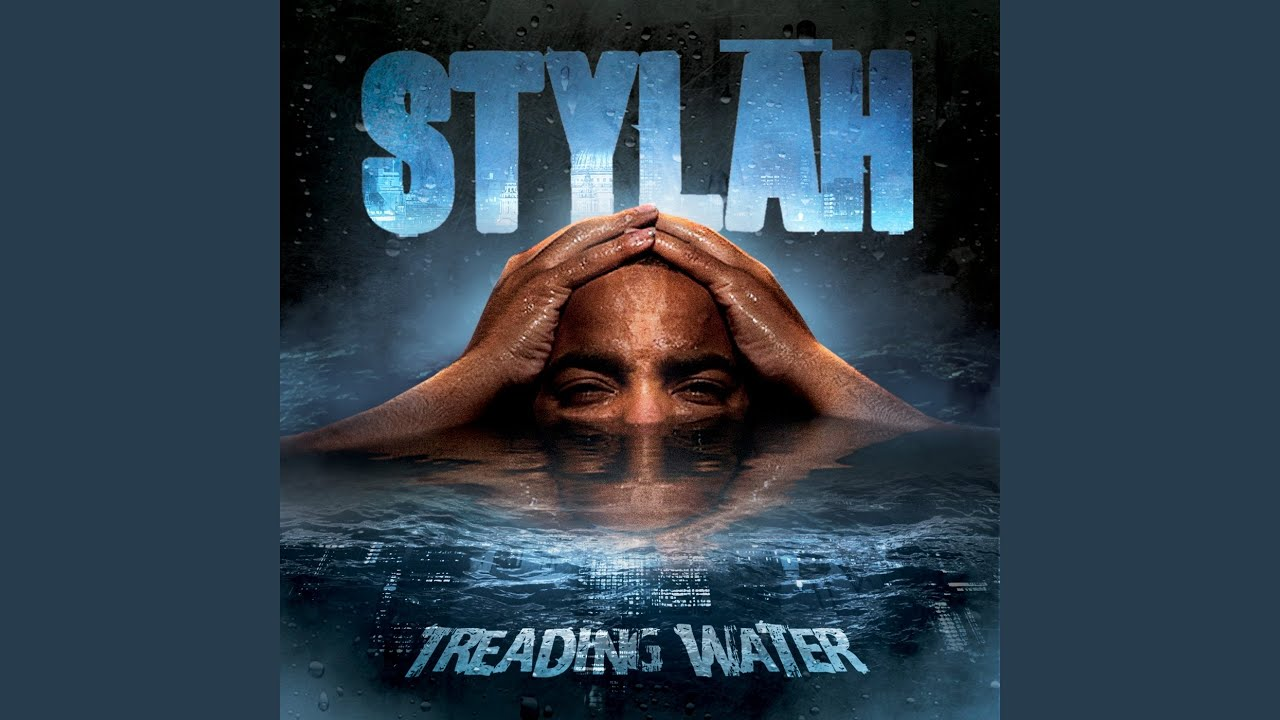 stylah treading water