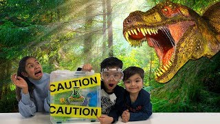 Mad Labs Untamed Mystery Slime Dinosaurs