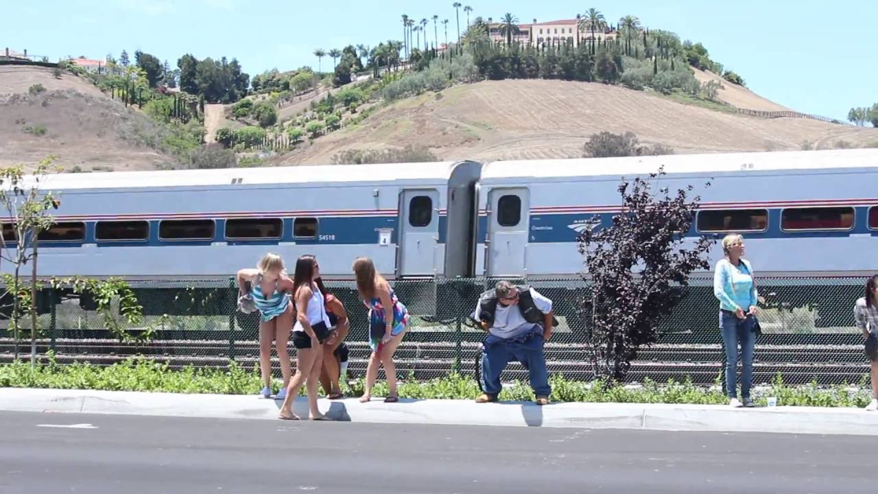 100 Photos of Amtrak Mooning Pictures